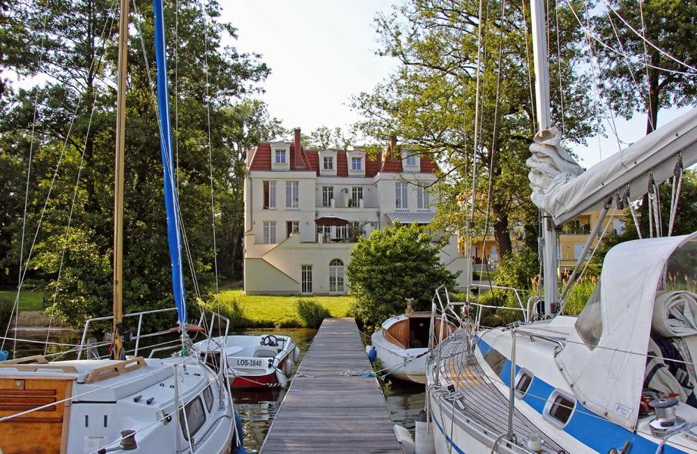 AnneLiWest Berlin Ein Haus am See