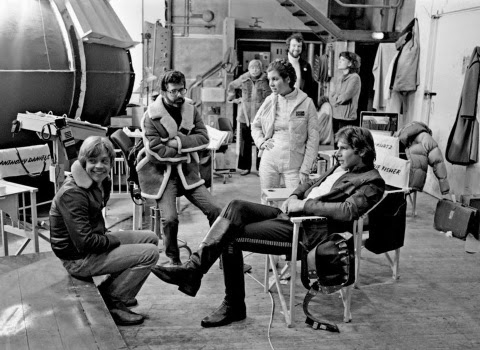 LUCAS JUNTO CARRIE FISHER, MARK HAMILL Y HARRISON FORD