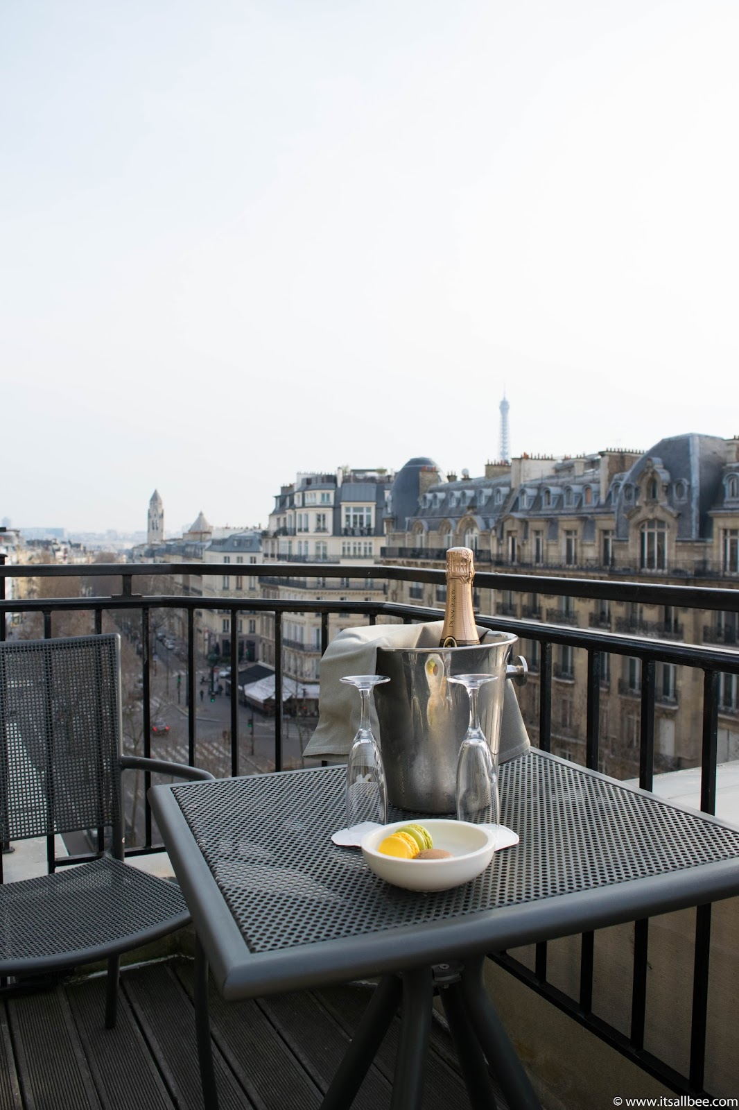 Paris Hotels With Views of Eiffel Tower [and Arc de Triomphe] | hotels with views of eiffel tower paris