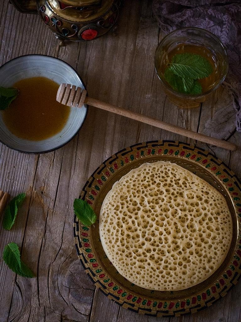 baghrir-o-crepes-marroquies-de-los-mil-agujeros