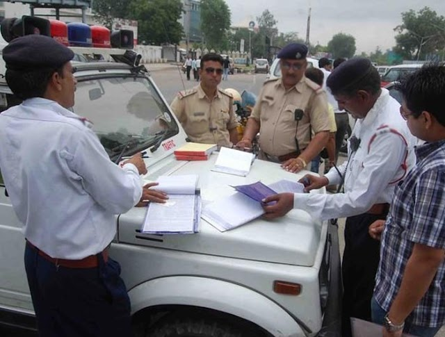 No Need to Show Documents to Traffic Police Now - Big Change in Traffic Rules