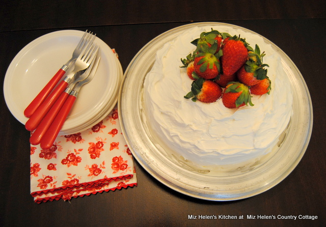Strawberry Limeade Cake Country Living