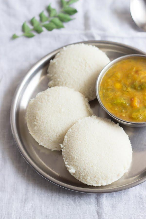 How to make idli with idli rava rice rava recipe at www.oneteaspoonoflife.com