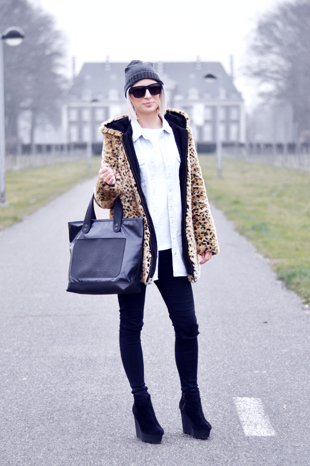 Faux fur, marc by marc jacobs bag, cheap monday, zara, monki , shirt, denim, monolit, chunky boots