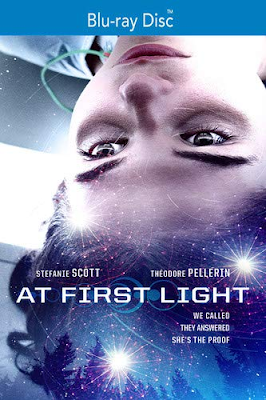 At First Light [2018] [BD25] [Latino]