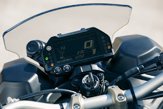 Yamaha-Niken-tacografo
