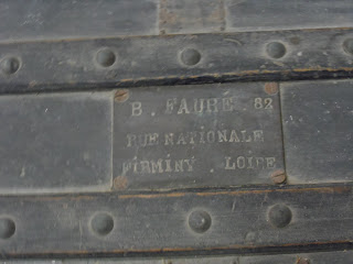 Antigua placa de fabricante