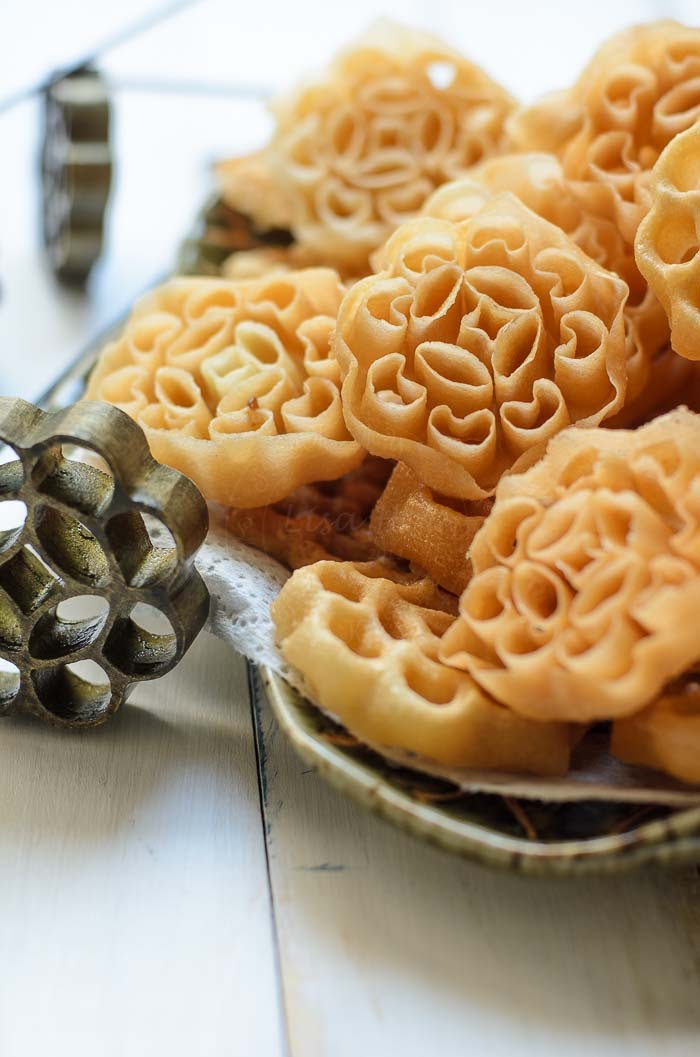 Kuih Loyang / Honeycomb cookies