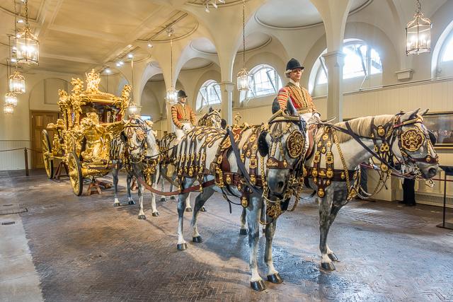 Gold State Coach - Royal Mews - Buckingham Palace - London, England