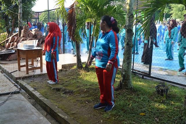 Kegiatan Jumat Pagi Siswa-siswi SMA Negeri 14 Bandar Lampung