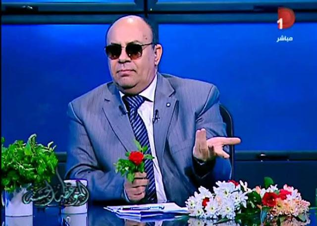 الداعية الإسلامي د.مبروك عطية يقول لإحدى المتصلات أنا هاجي أرن امك علقة ..شاهد ماذا فعلت !!
