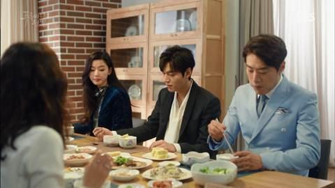 Screenshot Cheong Joon Jea And Hyung Eat Togethet The Legend Of The Blu Sea (2016)  1080p Episode 10 - www.uchiha-uzuma.com