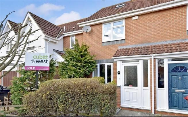 2 bed house, Churchwood Drive, Tangmere, Chichester, West Sussex