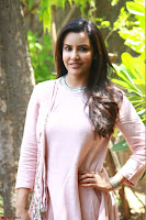 Priya Anand in simply Pink at an interview for movie KOOTATHIL ORUTHAN~  Exclusive celebrities galleries 006.jpg
