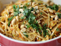 SPICY EASY PAD THAI SALAD