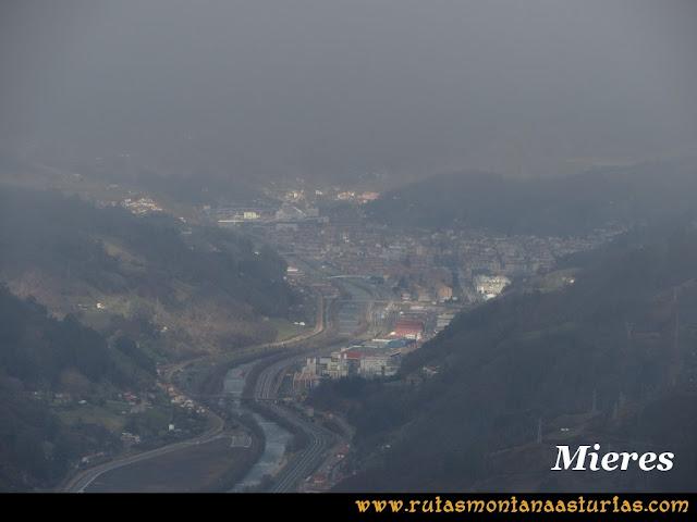 Pico Ranero: Vista de mieres desde el pico Ranero
