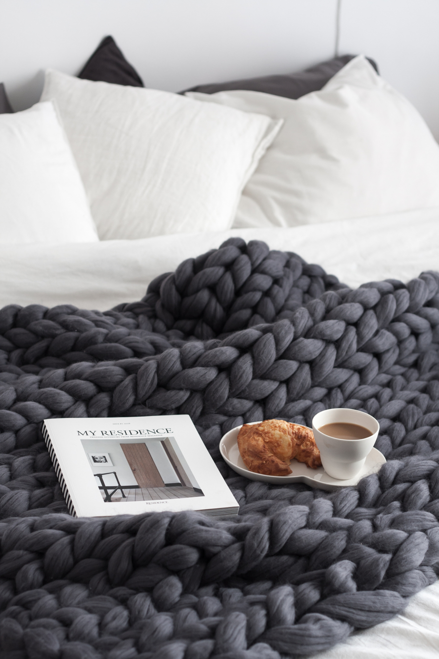 Lifestyle: Chunky knitted blankets, pallet coffee tables & DIY ideas from Pinterest