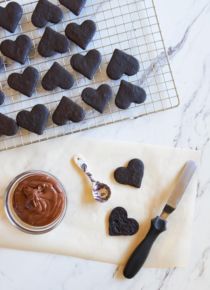 Heart-Shaped Chocolate Hazelnut Sandwich Cookies ♥ bakeat350.net