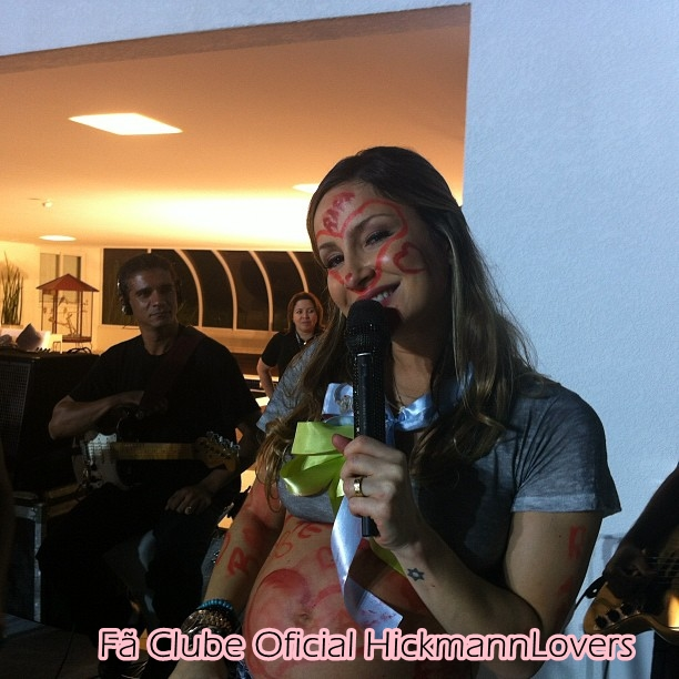 + Confira fotos exclusivas do Chá de Bebê de Claudia Leitte na casa de Ana  Hickmann! bce65a22d6