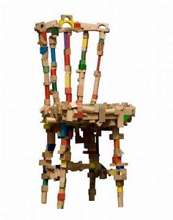 Silla muy creativa de madera