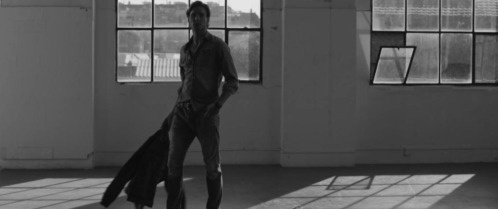 Modello Braun pubblicità Iron Man con Foto - Testimonial Spot ottobre 2016