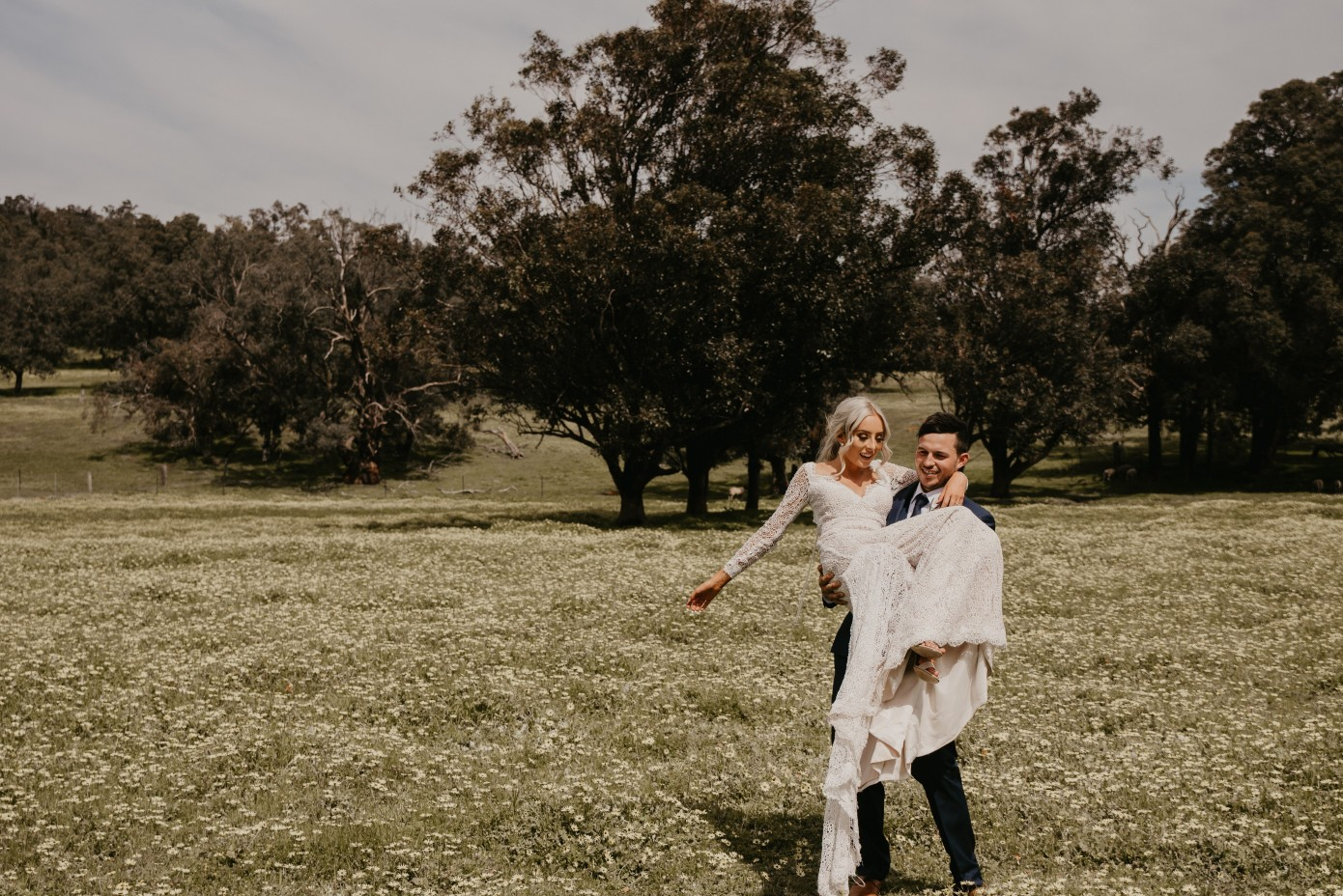 LOVE: AMY & JAMIE   THE WEDDING PERTH BUILT IN ONE WEEK