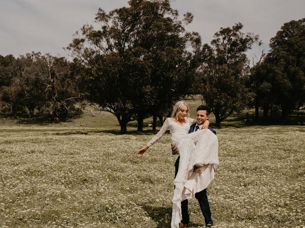 ➳ AMY AND JAMIE | THE WEDDING PERTH BUILT IN ONE WEEK {THE STABLES BAR}