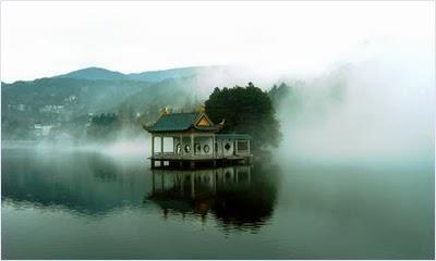 สถาปัตยกรรมบนเขาหลูซาน (Mount Lu/ Lushan)