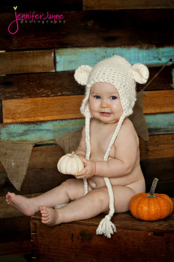 How To Make The Softest Baby Bear Hat Crochet Pattern | 858x570