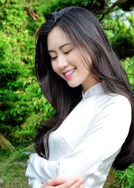 Nhan sắc đời thực của cô Tấm bị chê xấu trong MV Chi Pu
