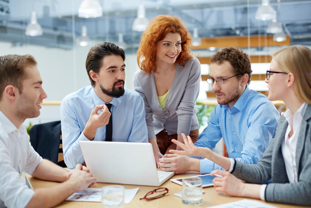 6 sygnałów, że Twój szef wie za mało o PR online