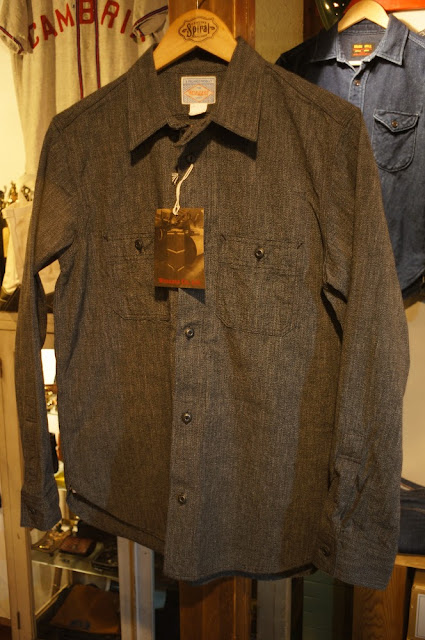 Workers    Metal Button Work Shirt    Black Covert