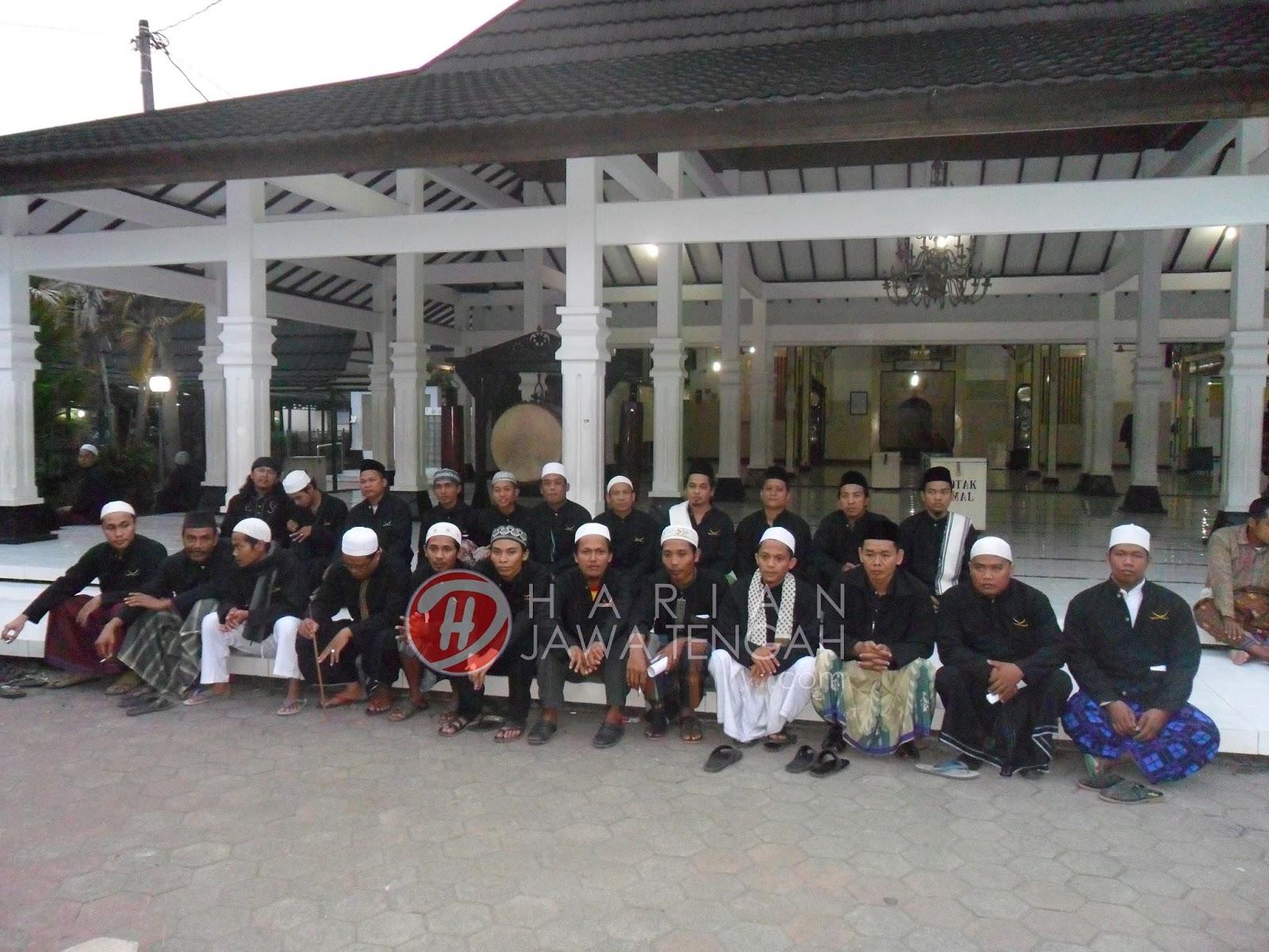 Berwisata Di Masjid Sunan Kalijaga Demak Yuk Harian Jateng