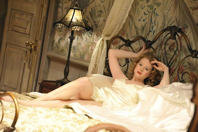 Zoe Boyle nude