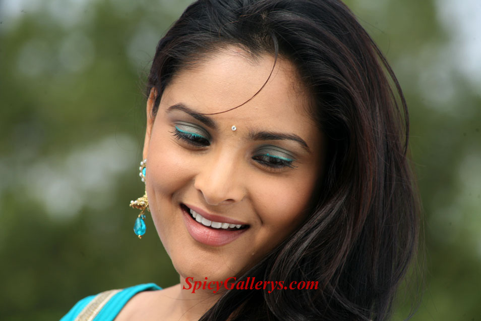 Kannada ramya new photos