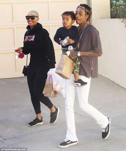 Model shares photo from family outing with Wiz Khalifa, Sebastian 1