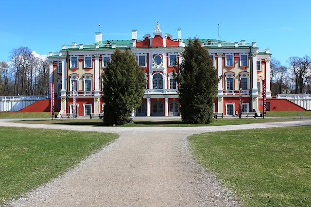 palazzo+kadriorg+tallin+estonia