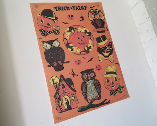 https://www.etsy.com/listing/473385163/retro-style-halloween-trick-or-treat?ref=shop_home_active_12