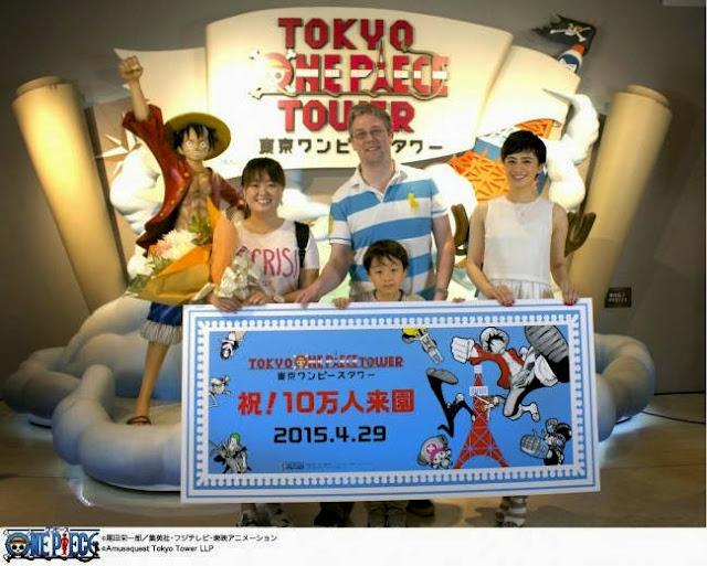 Stephen Vaneicken wraz z rodziną to 100-tysięczny gość parku Tokyo One Piece Tower