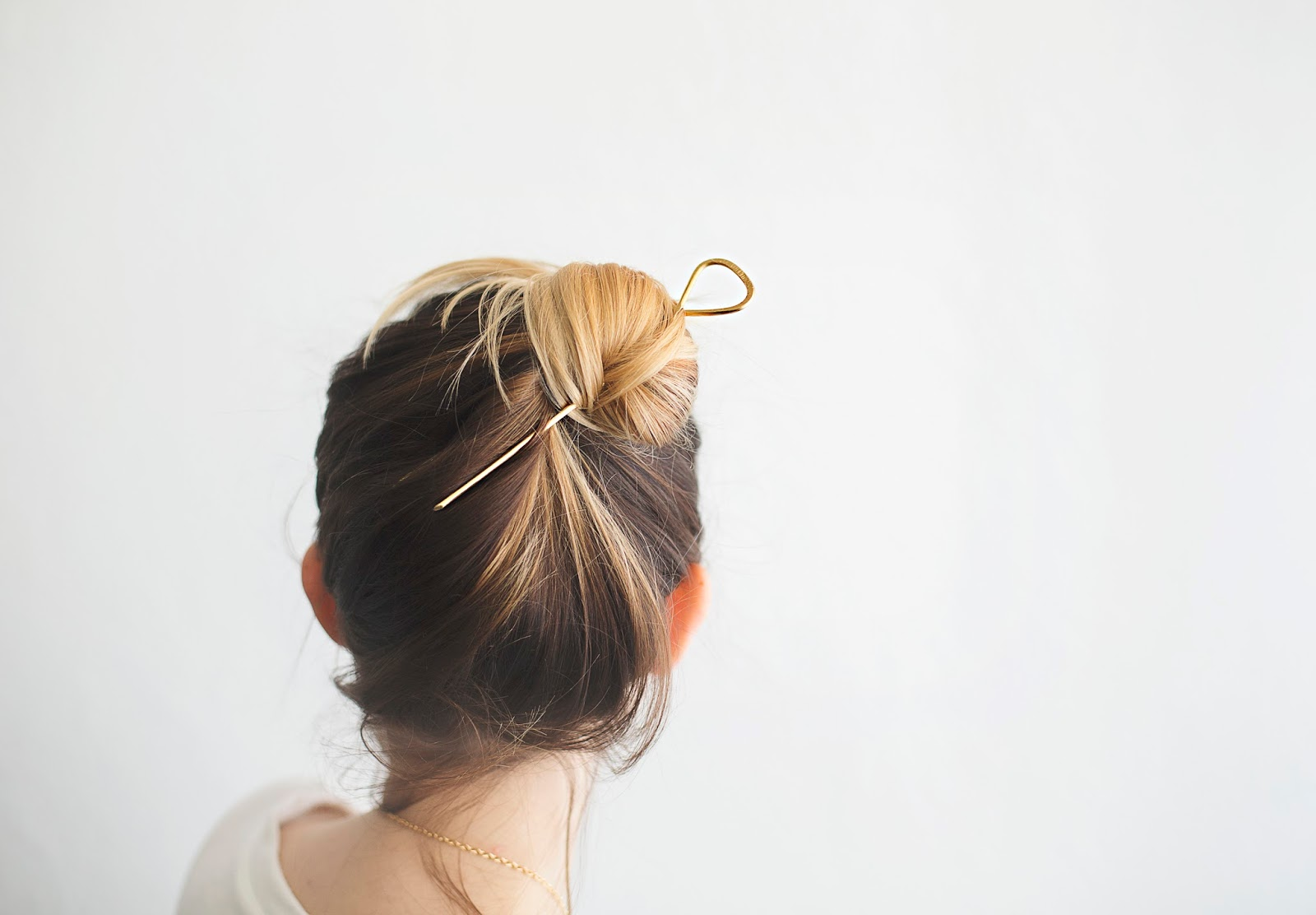 The Hair Stick   How To   CIRE ALEXANDRIA
