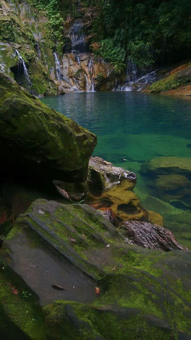 Cachoeira do Poço Azul, em Riachão, no sul do Maranhão