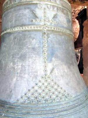 castielfabib-valencia-iglesia-campana-guillermina