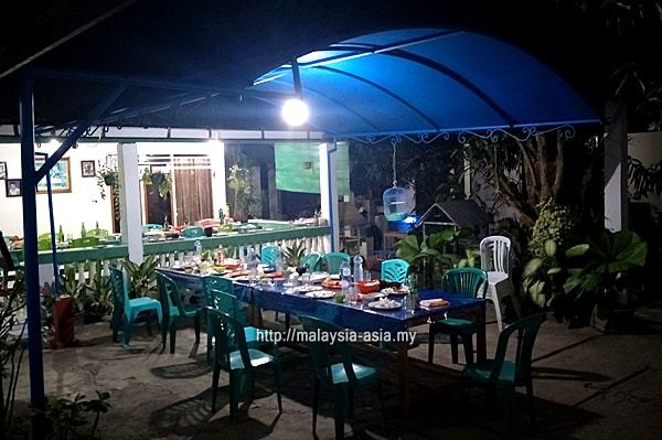 Alor Island Home Stay Hotel