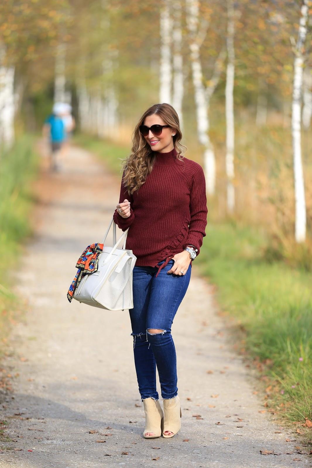 Herbstlook - Blogger Herbstlook - Musthaves im Herbst - Bordeaux - Beige- Pulloiver in Bordeaux - Bordeaux Bloggerpulli - Was ziehe ich im Herbst an- Fashionstylebyjohanna- Fashionblogger aus Deutschland - Blogger aus Frankfurt