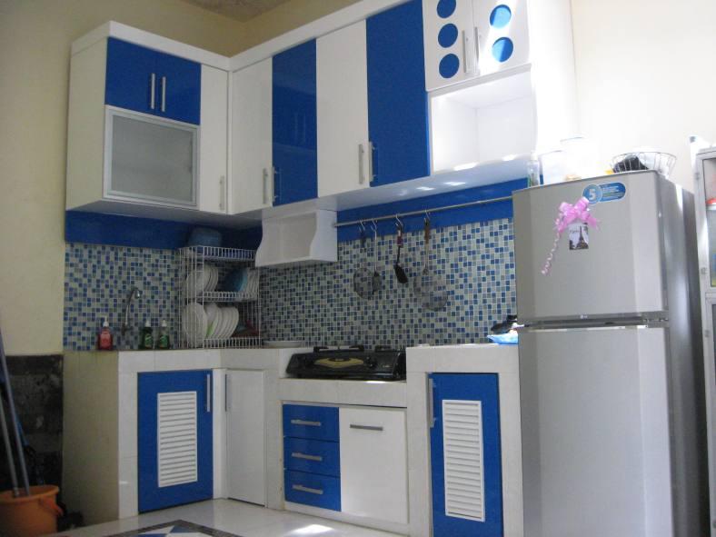 50 Ide Desain Interior Dapur Minimalis Warna Biru Bergaya Modern