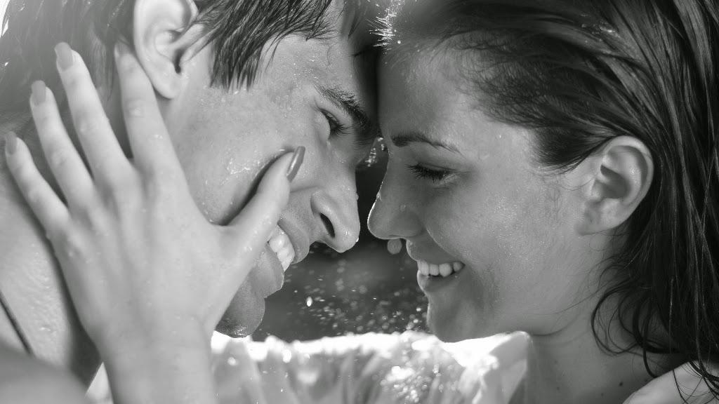 CINEVA … o frumoasa declaratie de dragoste venind din partea unui barbat! Cineva langa care sa te trezesti. Cineva cu care sa imparti vremea, cafeaua, iubirea