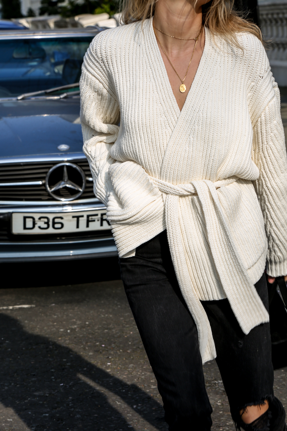 25 Stylish Belted Cardigans We Want to Live In — Lucy Williams Winter Outfit Inspiration