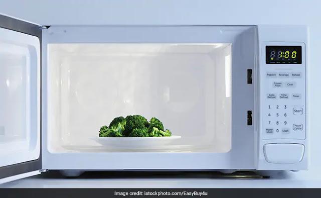Các món ăn chế biến bằng lò vi sóng có an toàn cho sức khỏe