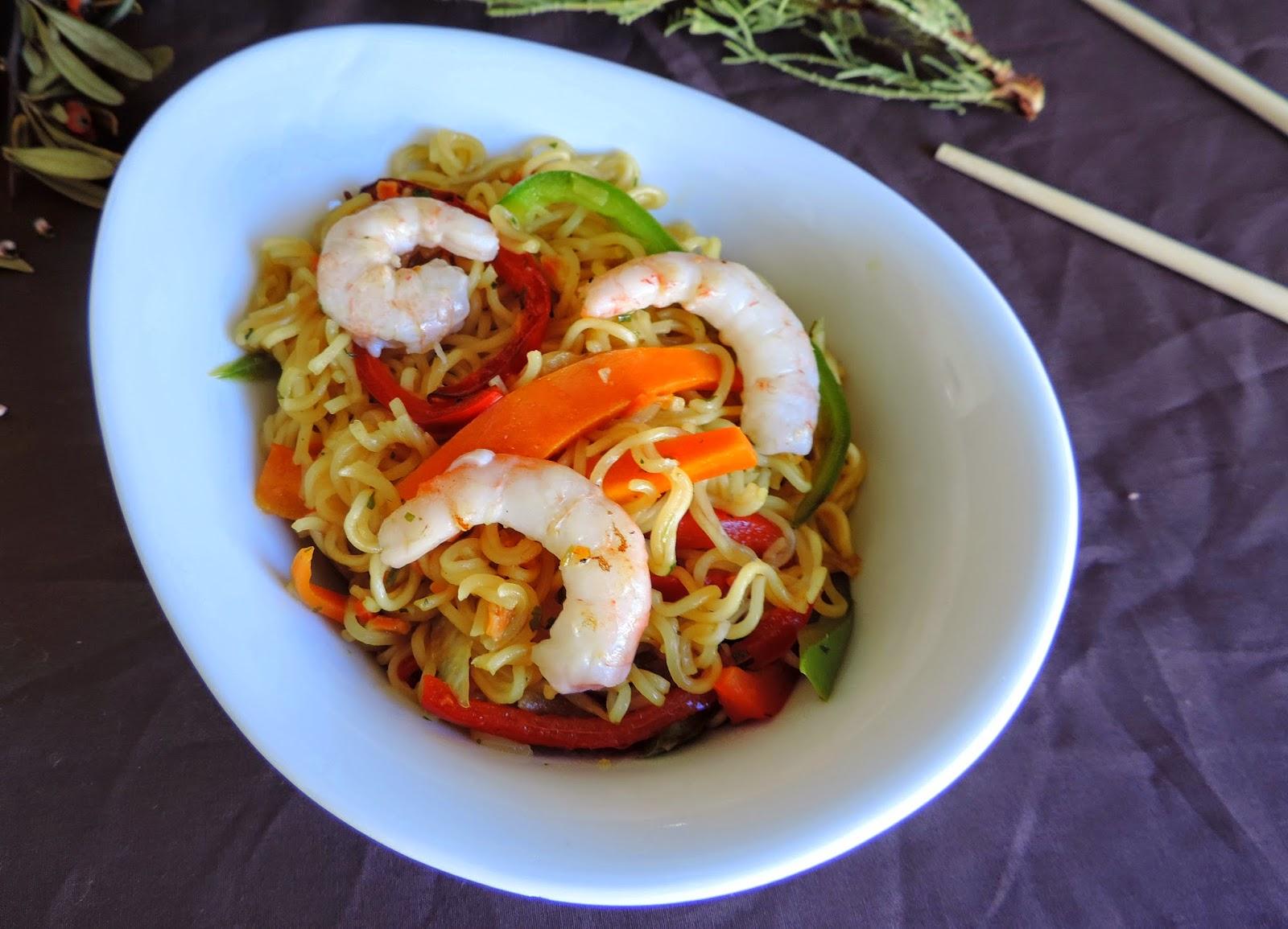 Fideos Chinos Express Con Gambas Cocinando Con Las Chachas