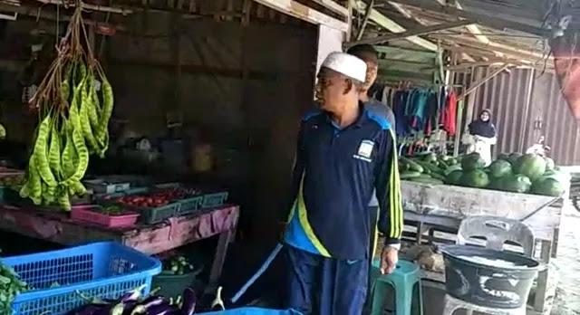 Wakil Bupati Aceh Besar Marah Lihat Warung Buka saat Azan Berkumandang